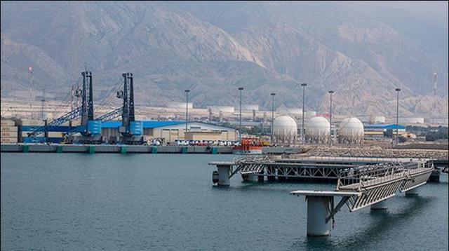 伊朗南部的石油出口设施